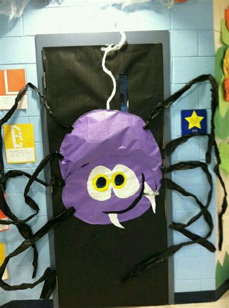 1000 ideas about preschool door decorations on 198 | 1775782fceafe13a9b5e59fe19b37aea