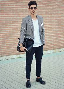 How to Pull Off the Blazer with T-Shirt Look