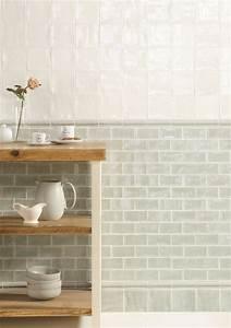 Farben Für Die Küche : wandpanel aus fliesen hellgr n grau gr n bord re und ~ Michelbontemps.com Haus und Dekorationen