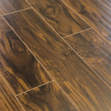 Wolfson Walnut Laminate Flooring 15mm