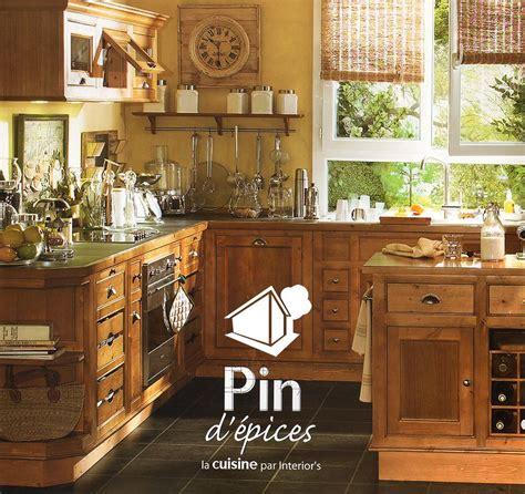 cuisine en pin massif cuisine interiors pin d 39 épices interiors fr cuisine