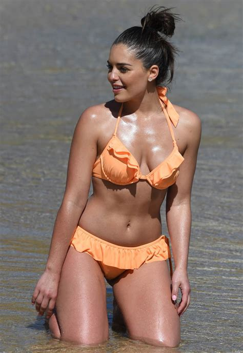 Olympia Valance Shows Off Her Curves In Skimpy Bikini