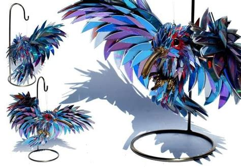 Stunning Sculptures Made From Discarded Cd Fragments by 24 Id 233 Es Brillantes Pour Recycler Les Vieux Cds D 233 Co