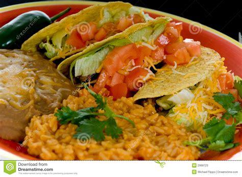 cuisine russe traditionnelle plaque mexicaine de nourriture photos stock image 2968723