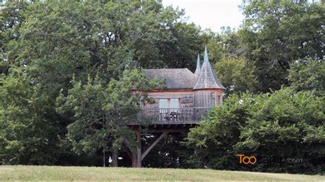 chambres d hotes ile d yeu incroyables châteaux dans les arbres