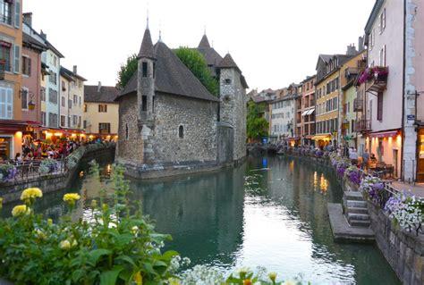Annecy, France Travel Guide - Bon Traveler