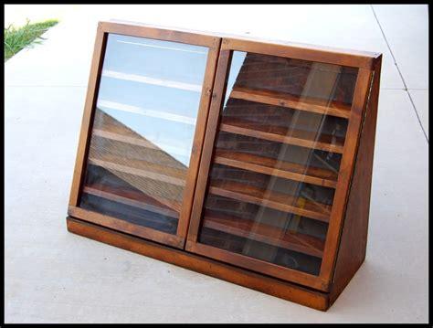 Splendid Diy Display Cases Design To Make A Cozy Room