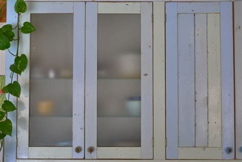 charni鑽e porte de cuisine porte de cuisine portes de cuisine meuble cuisine cuisine poignee de porte de cuisine fonctionnalies scandinave style poignee de porte de