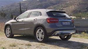 Mercedes Gla 200 : mercedes benz gla 200 cdi 4matic mountain grey metallic youtube ~ Medecine-chirurgie-esthetiques.com Avis de Voitures