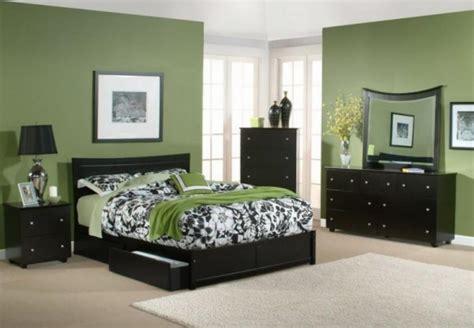 choosing green bedroom  refresh  minds  house
