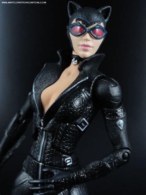 Review Batman Catwoman 2 Pack Arkham City Batman