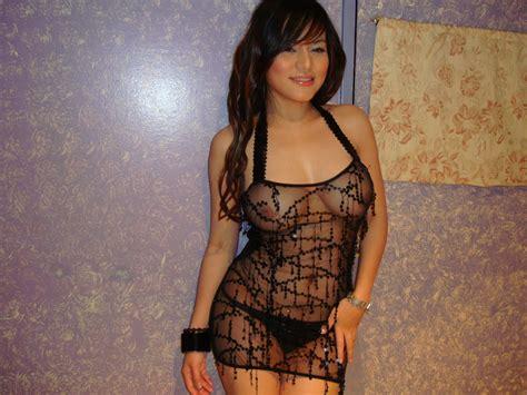 Bridget Suarez's Delectable Topless Photos