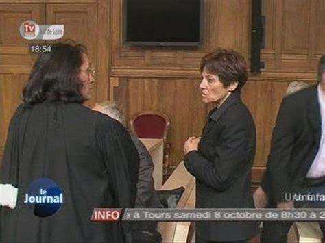 Une Famille D'accueil Sur Le Banc Des Accusés (tours
