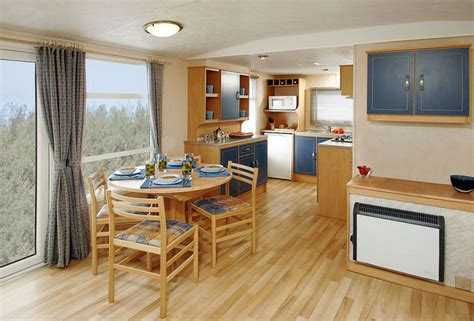 mobile home decorating ideas decorating your small space - Mobile Home Interior Decorating Ideas