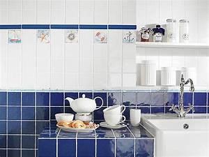 Plaque Décorative Pour Cuisine : comment repeindre le carrelage de la cuisine bricobistro ~ Premium-room.com Idées de Décoration