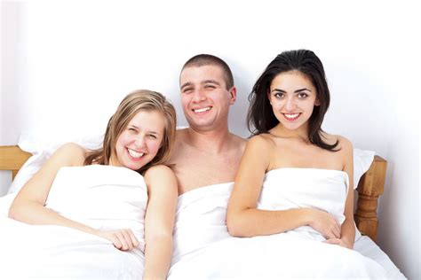 Top 10 Best Threesome Apps And Sites Of 2019 For Swingers