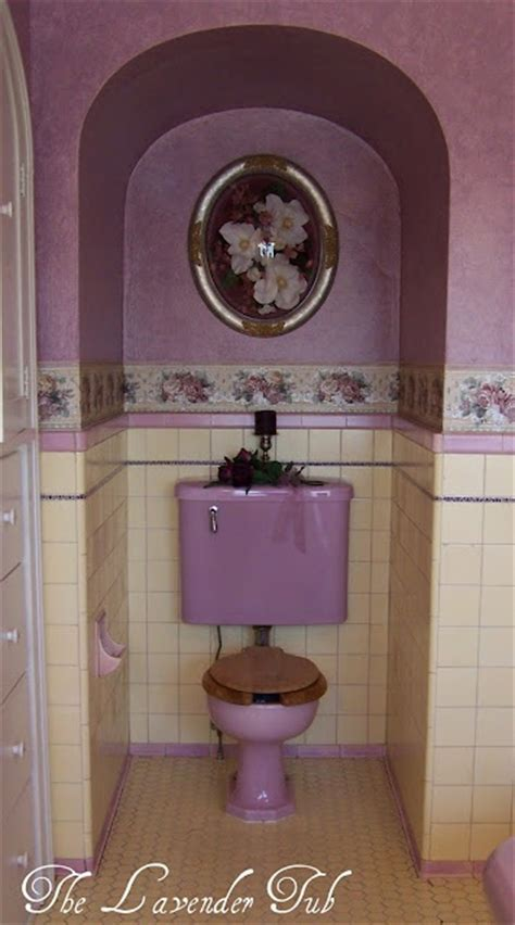 1000  images about Lavender bathrooms on Pinterest   Pink