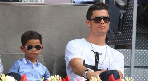 Cr7 Real Name Cristiano Ronaldo Family Siblings Parents Children Wife