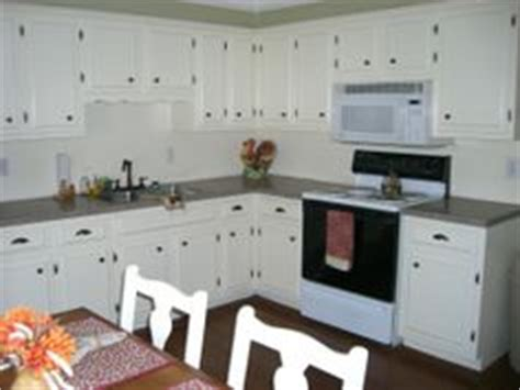 updating white kitchen cabinets 1000 images about updating cabinets molding on 6685