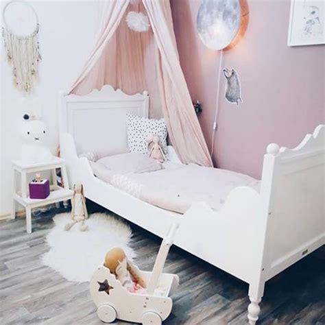 Kinderzimmer in Jugendzimmer verwandeln - Zuhause bei SAM Vom Kinder- zum Jugendzimmer: Was müssen Sie beachten?