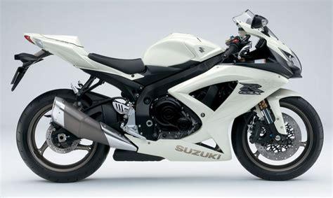 09 Suzuki Gsxr 600 by The Suzuki 600 At Motorbikespecs Net The Motorcycle