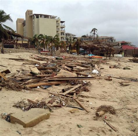 Mango Deck Cabo Hurricane by Cabo News Hotels Damaged By Odile