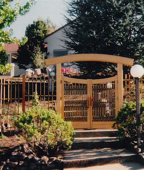 front gates and fences japanese gates entrance gates garden gates