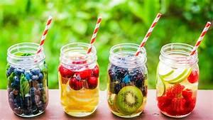Destilliertes Wasser Selber Machen : rezepte f r detox drinks entgiften durch fl ssigkeit evidero ~ Watch28wear.com Haus und Dekorationen