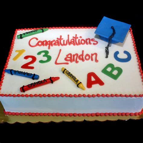 preschool graduation cake graduation cakes sweet memories bakery crave event 152