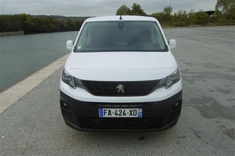 Peugeot Ar by Essai Peugeot Partner Tout Simplement Of The Year 2019