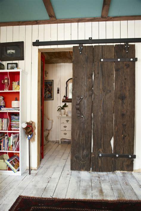 porte pour chambre la porte coulissante pour la salle de bain archzine fr
