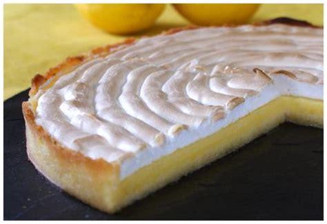 pate brisee pour tarte au citron la tarte au citron meringu 233 e toujours pour les siphonn 233 s du citron paperblog