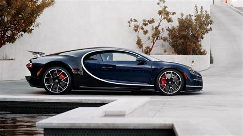 Bugatti Chiron Pics by Want A Bugatti Chiron This One S Coming Up For Auction In