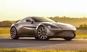 Aston Martin Vanquish 2018 : aston martin vantage 2018 price specs release date and pictures revealed ~ Maxctalentgroup.com Avis de Voitures