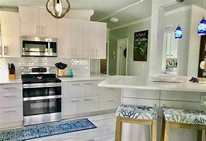 30 Gorgeous Mobile Home Kitchen Cabinet Colors 2