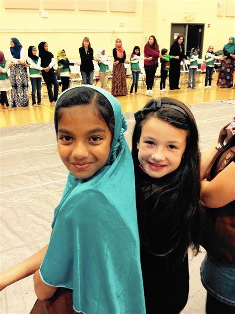 muslim christian scouts    foster