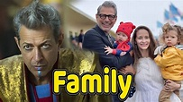Jeff Goldblum Family Photos With Son and Wife Emilie ...