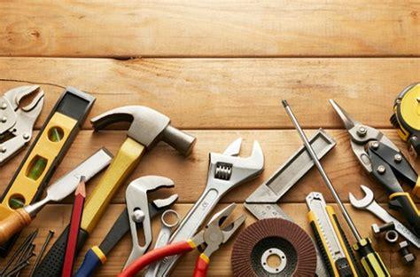 darty de cuisine bricolage les 12 outils indispensables à avoir dans