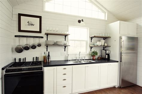 Paint Countertops Black by Wonderful Painting Laminate Countertops With Chalk Paint
