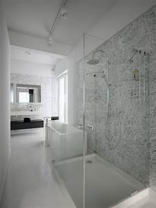 black white shower room | Interior Design Ideas.