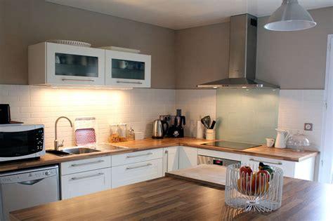 ilot centrale cuisine ikea decoration cuisine blanc bois