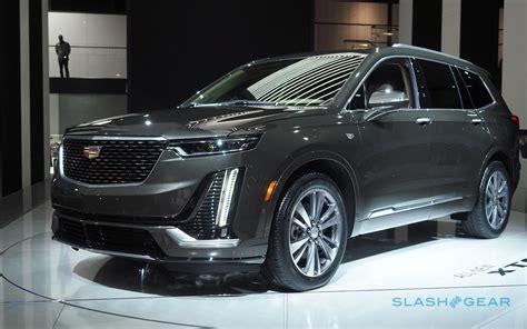Cadillac Suv 2020 by Familiar Suv Style Hides The 2020 Cadillac Xt6 S Big