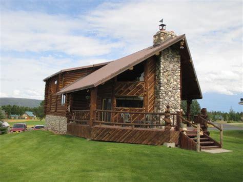 island park cabin rentals cabin rental with a tub set in island park idaho