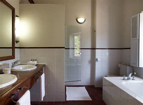 hotel standard bathroom
