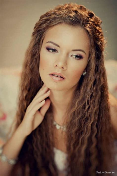 hair crimping styles 11 rockin crimped hairstyles visual makeover 2363