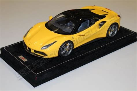 Running on premium, the 488 spider gets 15 mpg city, 22 highway mpg, with a combined 18 mpg. MR Collection 2015 Ferrari Ferrari 488 Spider HARD TOP - GIALLO MODENA / BLACK Yellow / Black