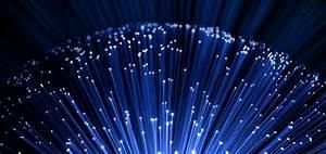 Какво е оптичен кабел и как работи