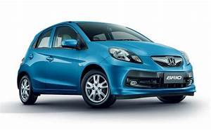 Honda Brio Vx At  Petrol  Car Review  Specification  Mileage And Price