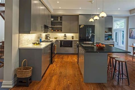 grey kitchen cabinets with black appliances 15 best images about gray kitchens on wood 8358