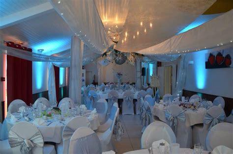 salle de mariage pour 120 pers auberge le vieux cellier